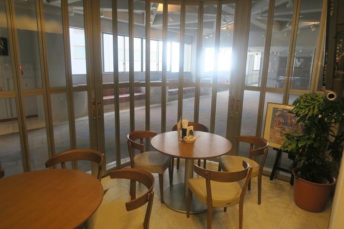 喫茶室内の様子3