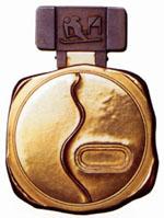 【画像】平昌オリンピックのメダルデザインが酷すぎる(笑)まるで排水口のふた!w  [875920232]->画像>67枚
